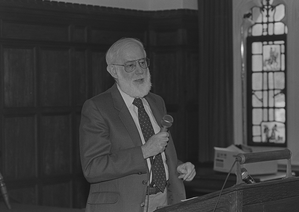 Professor Geoffrey Hartman speaking at an event